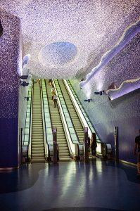 La estación Toledo, metro de Nápoles (fuente: Wikimedia Commons)